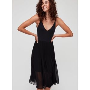 WILFRED Aritzia Daphnee Dress - Size SMALL